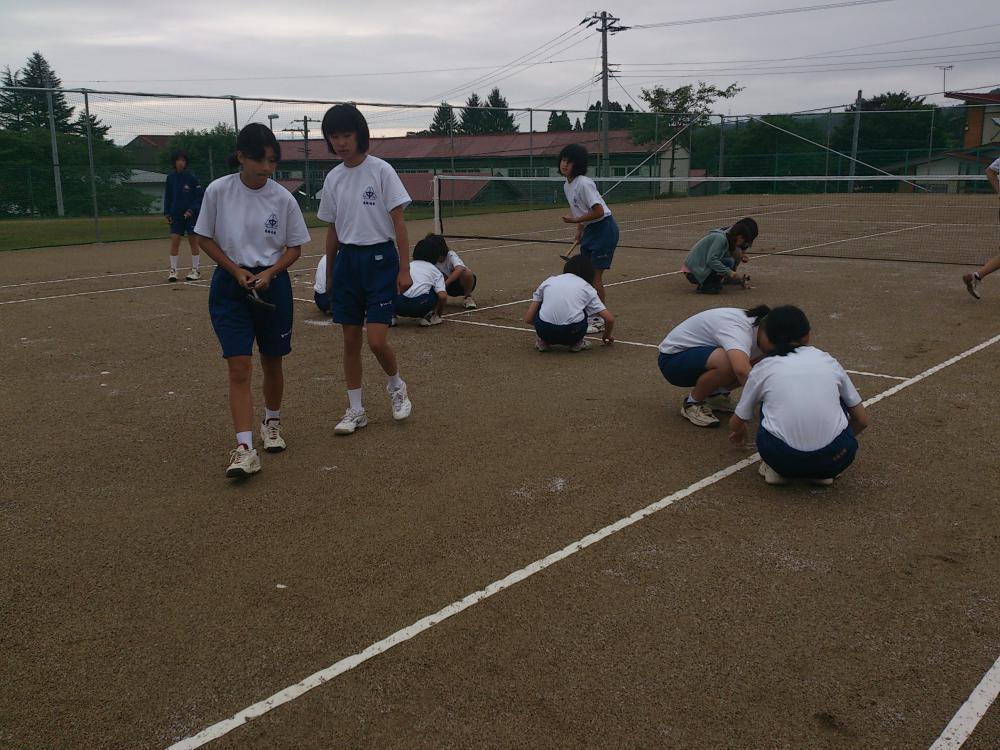 ★石屋のおっか★新設テニスコート!!