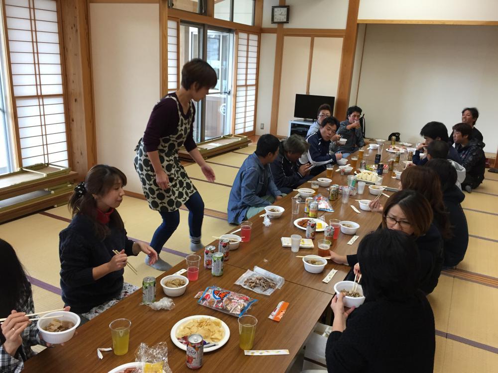 ★石屋のおっか★飯豊ジュニアレーシング芋煮会