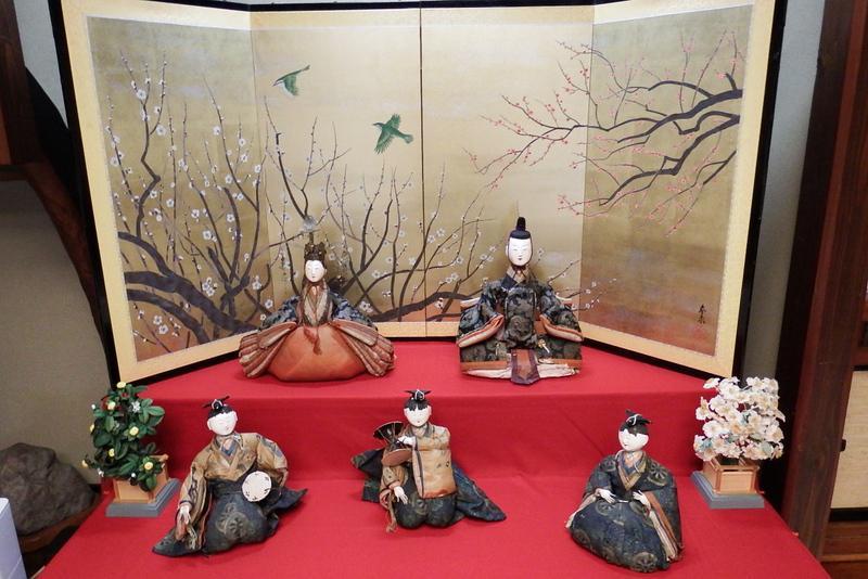 『やまのべひな人形展』開催中