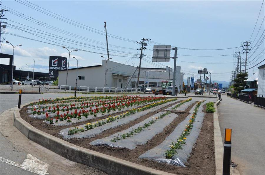 花いっぱい植栽運動