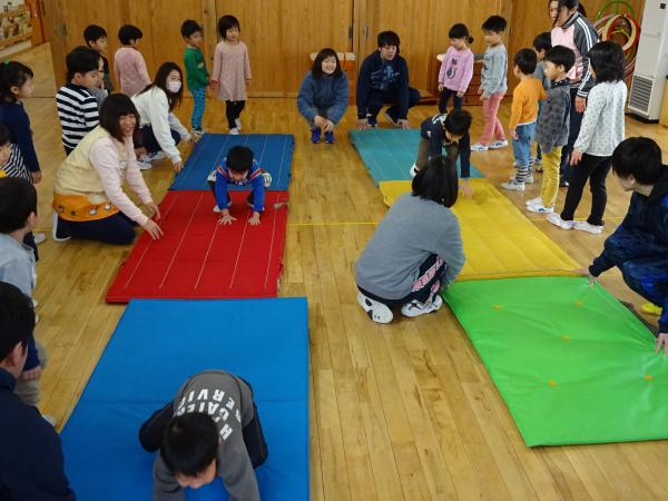 跳び箱指導(4,5歳児)