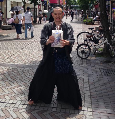 この夏、最強の(ベニバナ)グランジ+袴マジック!