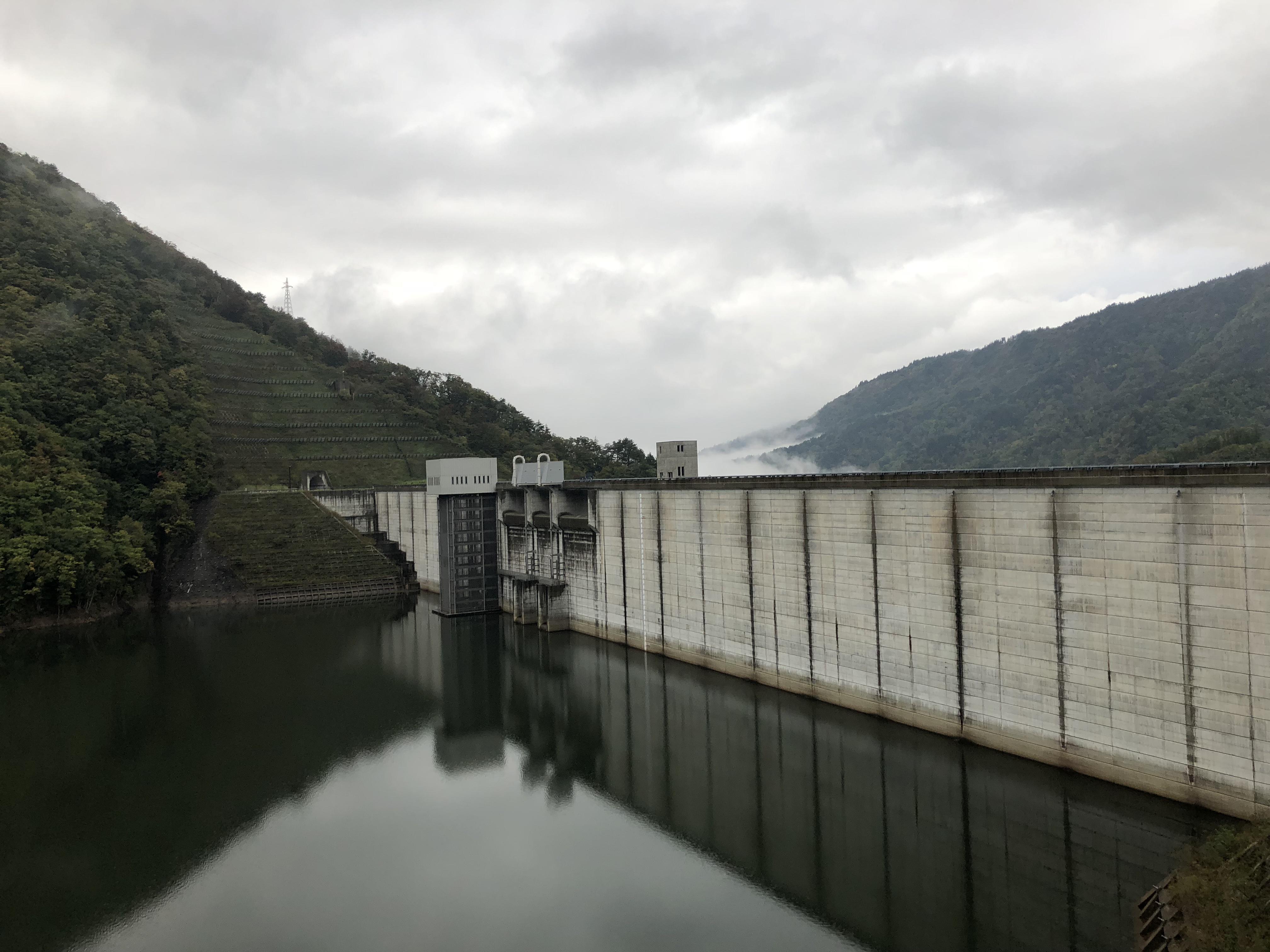山形県内最長 長井ダム
