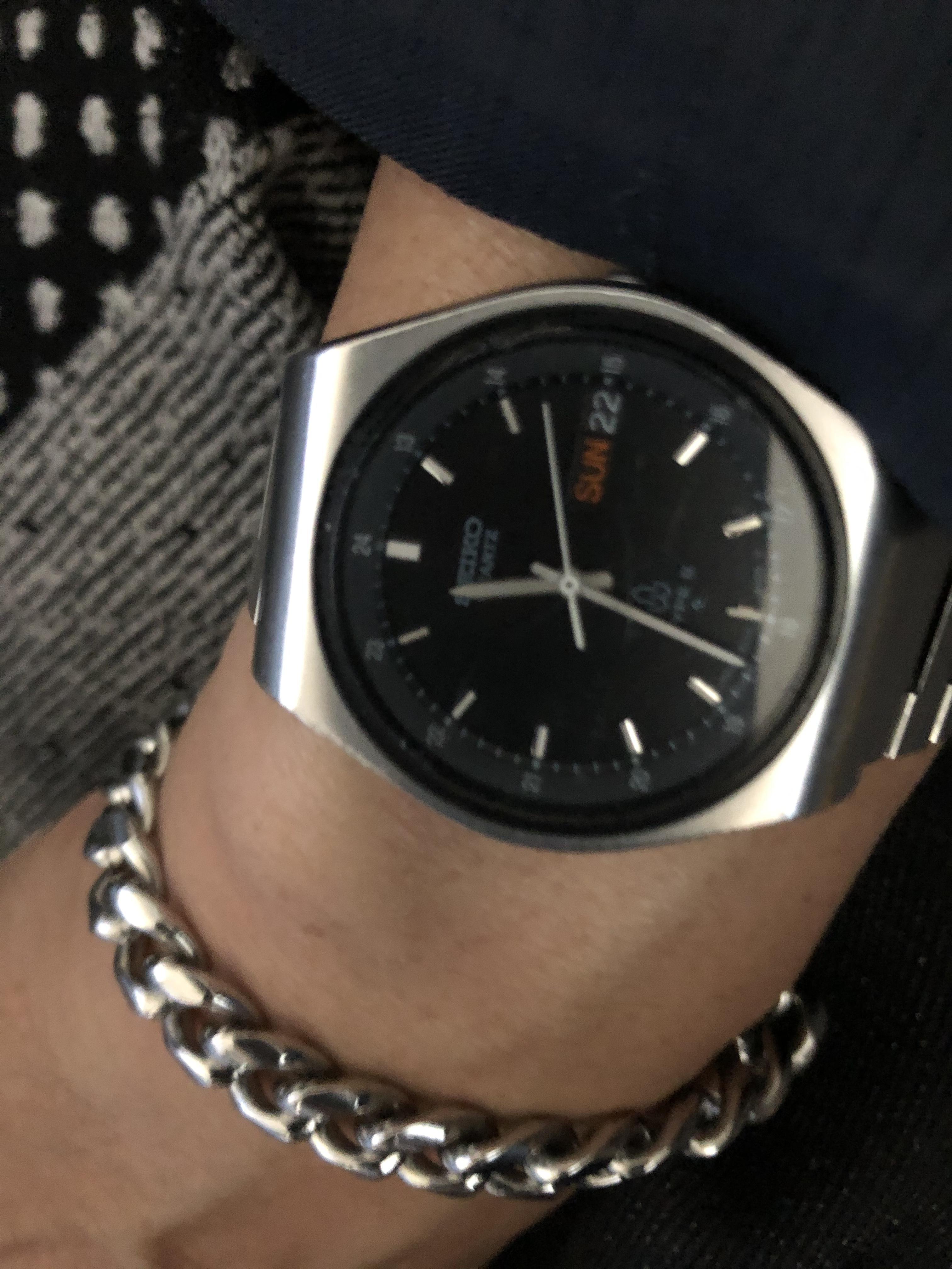 結婚指輪、ブレスレット、腕時計の醍醐味