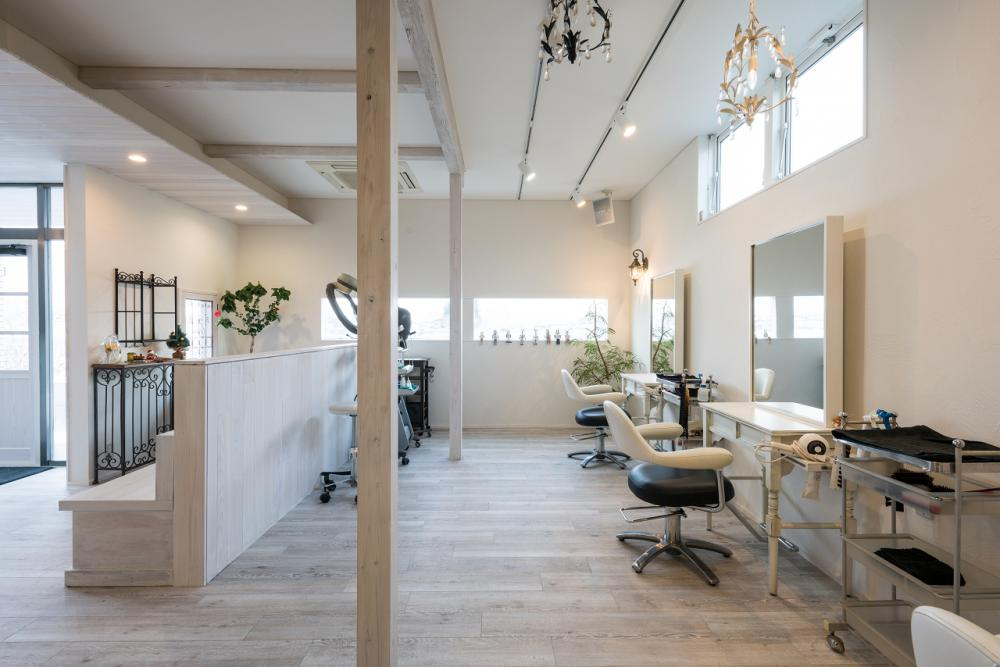河川敷を望む美容室 —リノベーション—:画像