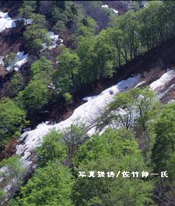 2009/04/12 23:40/身近な山としての朝日連峰