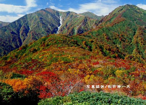 2009/04/12 23:45/朝日連峰の姿と顔