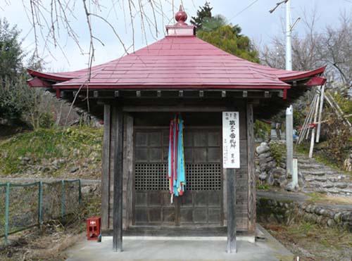 2009/04/06 06:29/夏草観音堂(聖観世音)