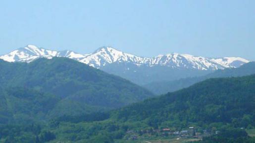 2012/05/23 09:28/【募集】大朝日岳ビューポイントめぐり(残雪篇)6/10