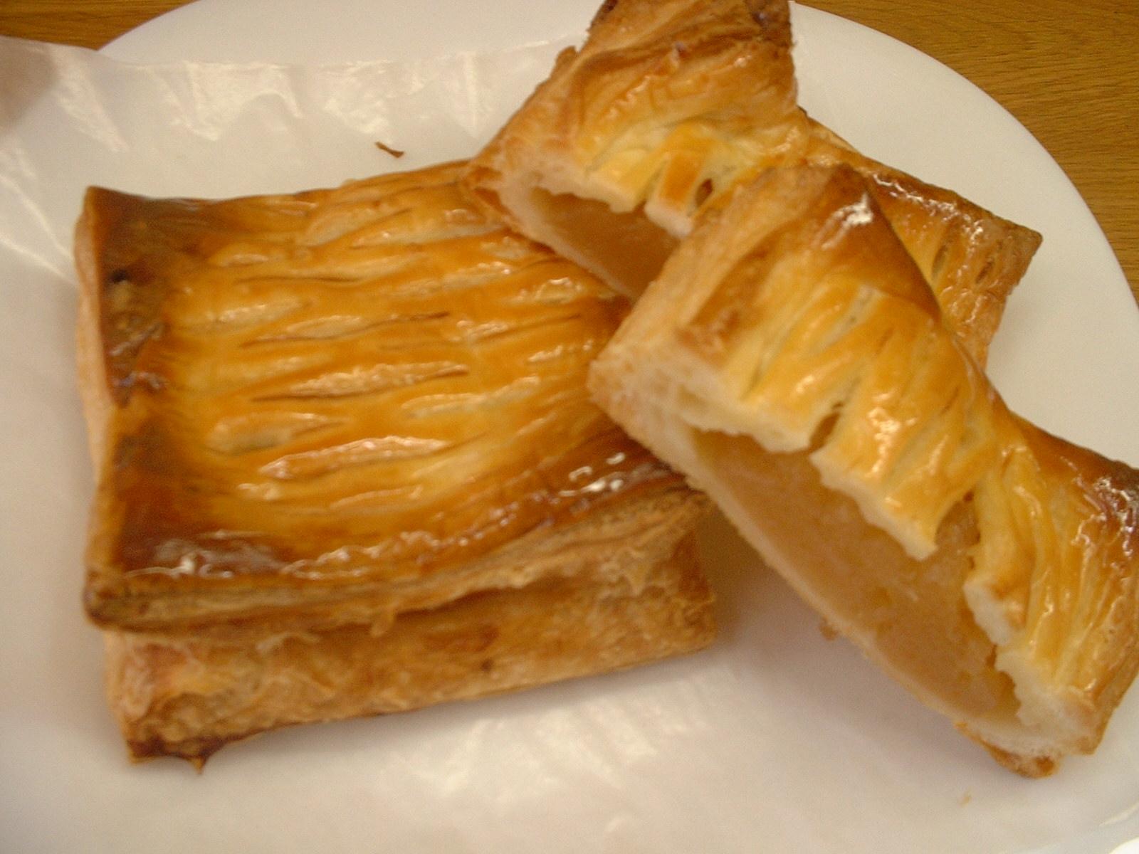 美味しいアップルパイができました。(^o^)/