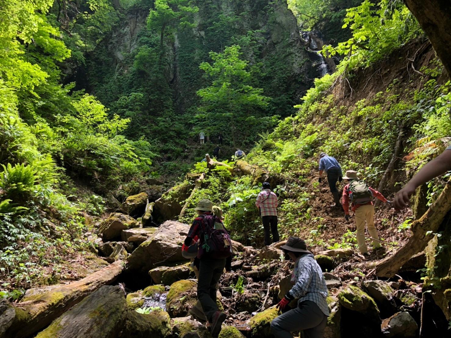 【ちい旅〜秘境〜三つ滝が流れる三つ滝不動尊トレッキング】:画像