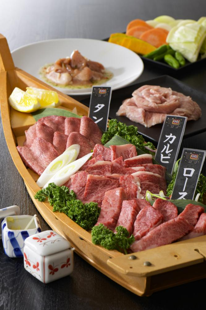| which there is vacant seat in today Store specializing in Yamagata cow roasted meat Maizuru ranch: Image