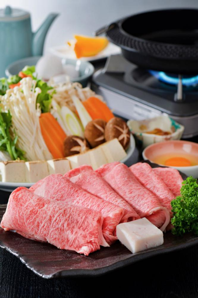Sukiyaki plan | of butcher's shop Store specializing in Yamagata cow roasted meat Maizuru ranch: Image