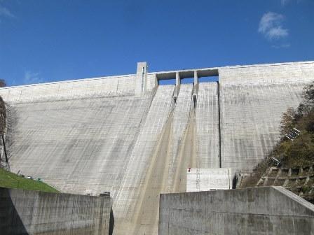 平成26年度 長井ダム維持工事