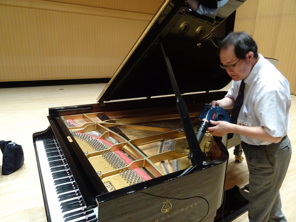 コンサート・グランドピアノの健康診断