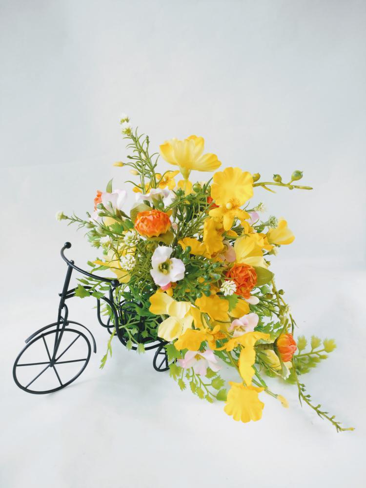 三輪車|えがお花-アーテイフィッシャルフラワー