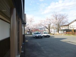 春が来た!羽前小松駅にも桜前線