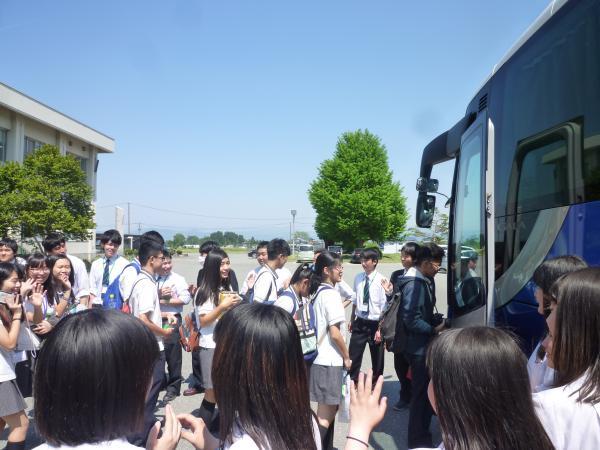 台南大学附属高級中学校が置賜農業高校へ来訪
