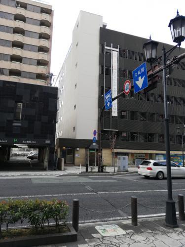 山形市中央駐車場東面外壁改修工事 完成しました!/