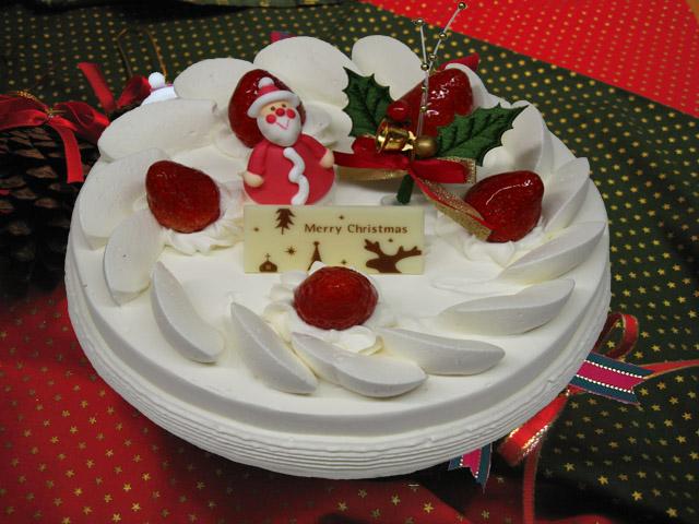 クリスマスケーキのご予約承ります♪