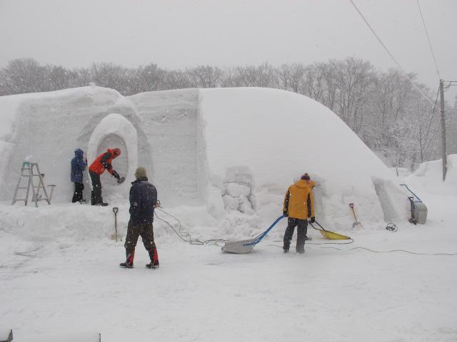 雪旅篭作業 1