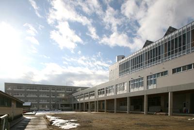 2010/12/19 14:42/山形市立東小学校が竣工しました!!