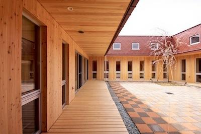 2013/03/01 14:24/地域密着型老人福祉施設中山ひまわり荘が竣工しました。