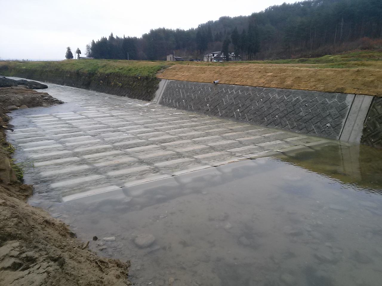 平成26年度(県債)26年災4607号外萩生川河川災害復旧工事:画像