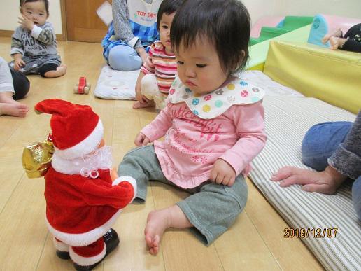 興道北部保育園にサンタさんがやってきた!