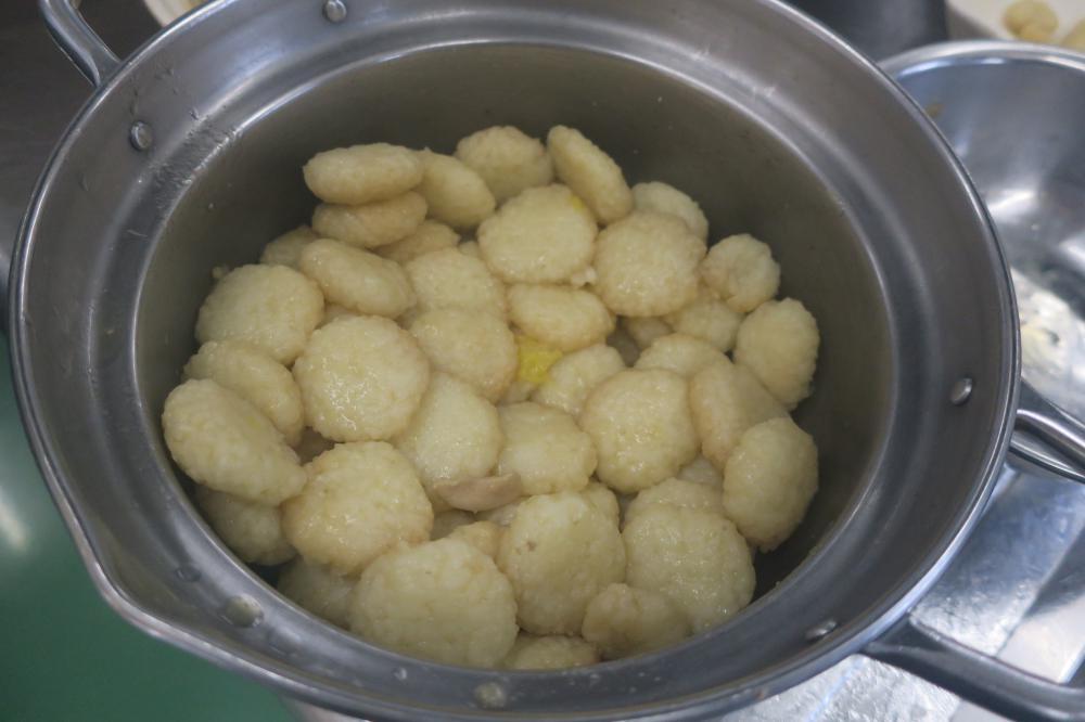 ご当地メニュー「きりたんぽ鍋」