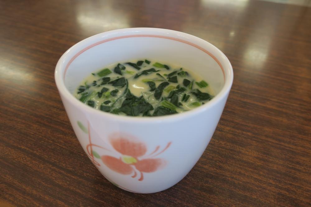 ご当地メニュー「春雨入り茶碗蒸し&さつま汁」