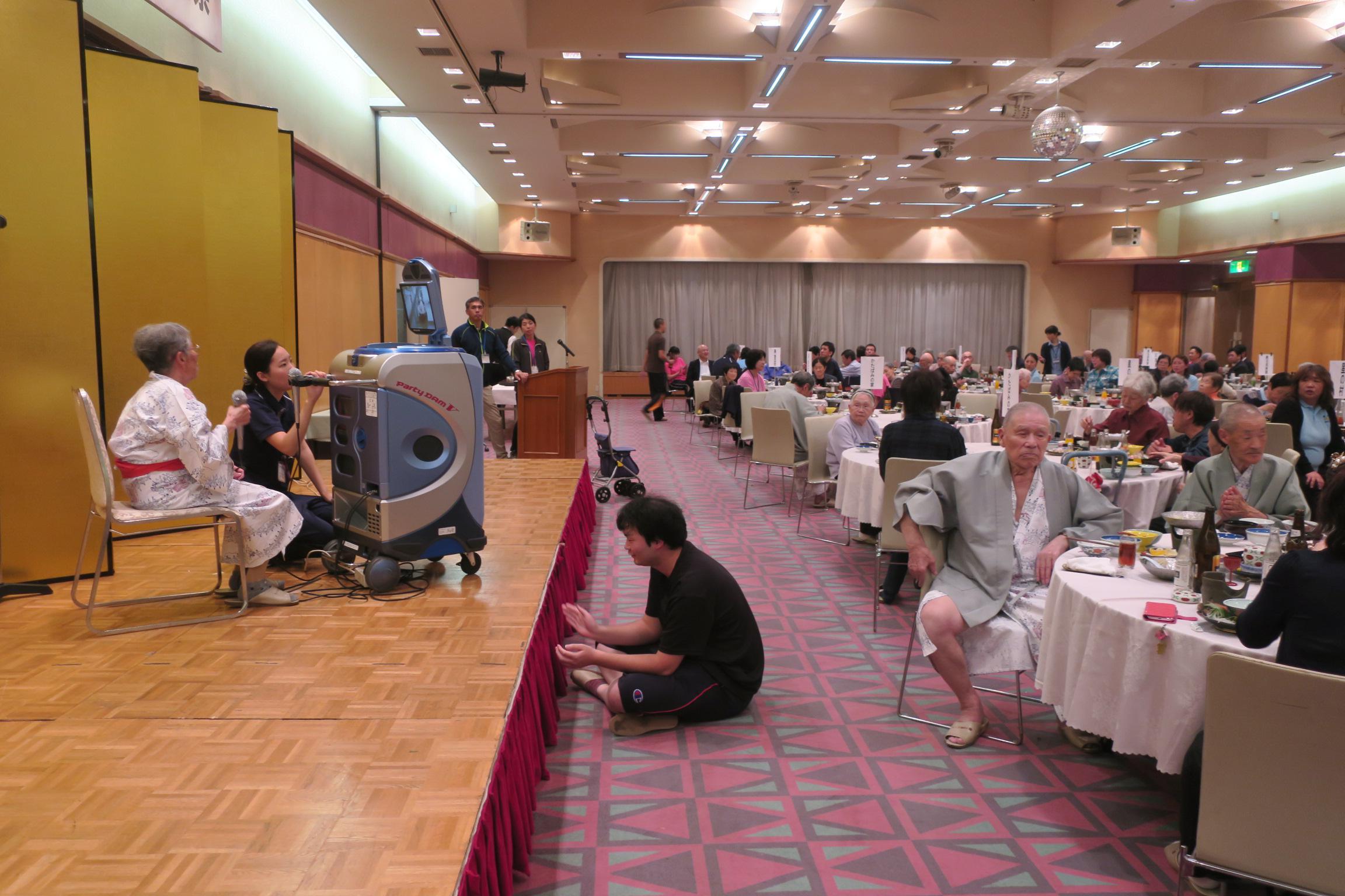 山形県老人ホーム芸能祭