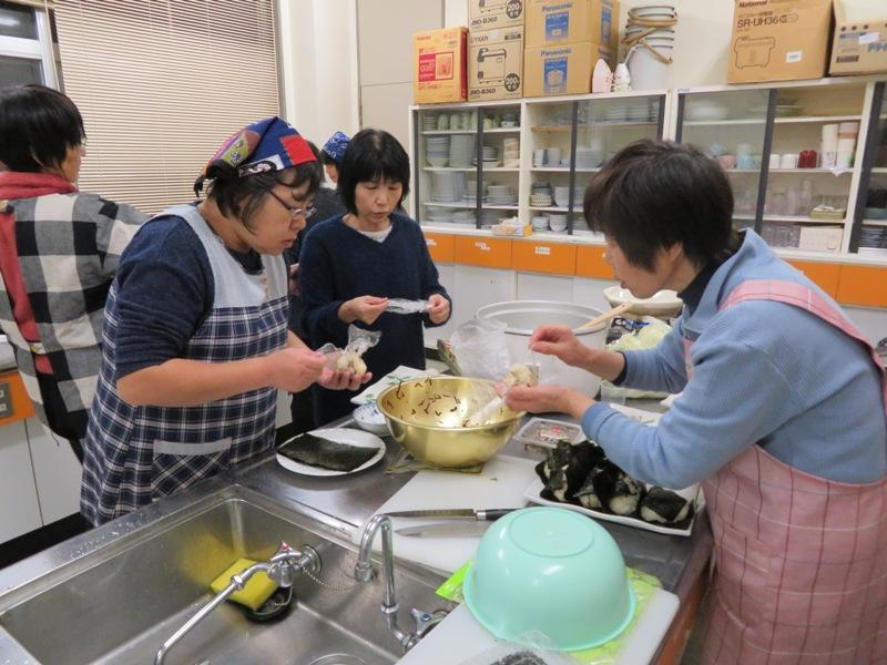 いちごクラブ鍋パーティー(白椿地区公民館):画像