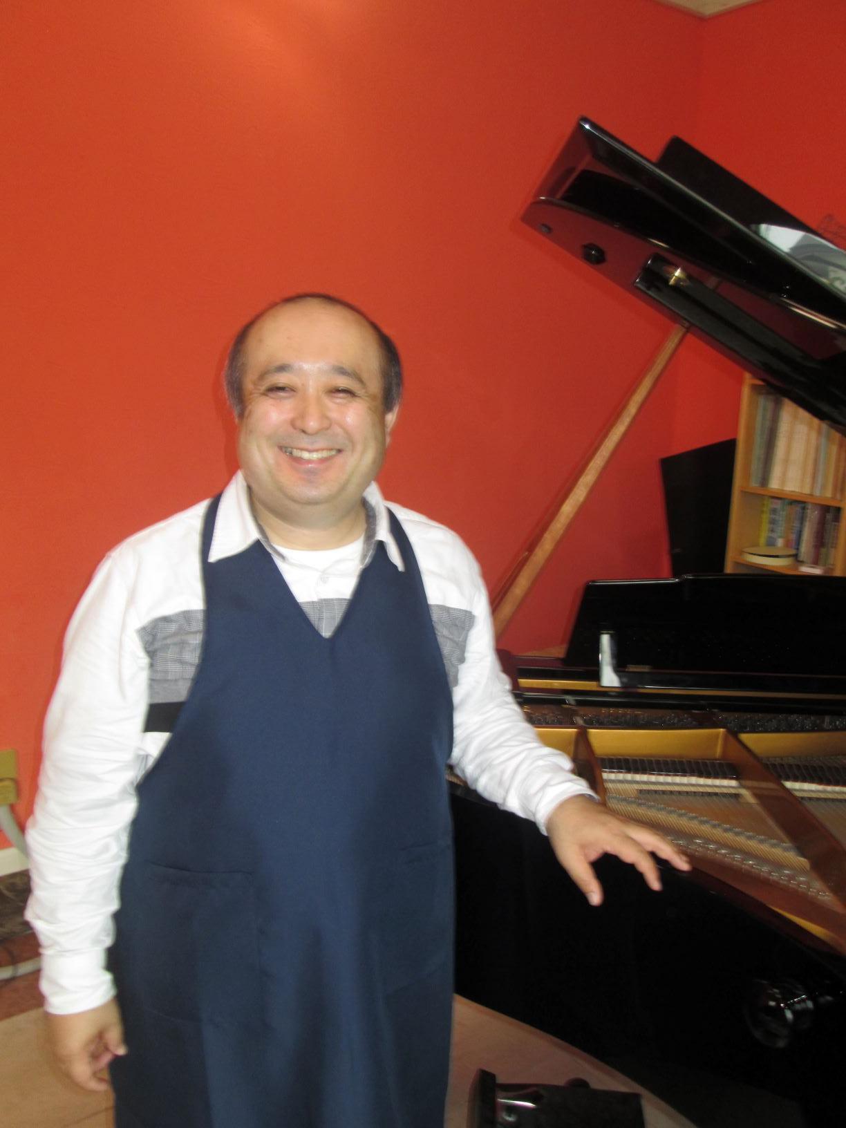 「男のピアノ教室」の生徒さん…Kさん(男性38歳、社会人)にインタビューしました。
