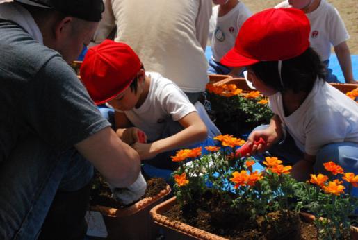 2012/06/04 13:55/明日5日は幼稚園の花植え作業です!