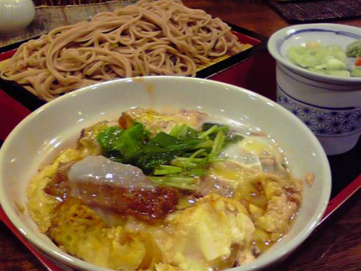 2010/09/17 19:58/「嘉司屋」カツ丼と大もりそばを食す