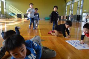 「川柳かるた取り大会」の画像