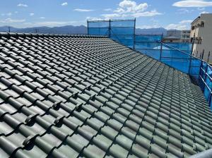 「洋風瓦の屋根」の画像