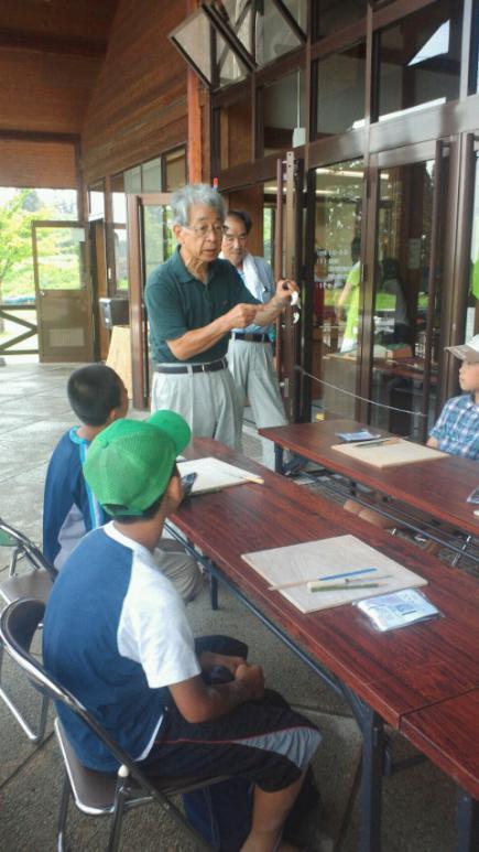 2012/08/02 19:30/古代の丘資料館の館長さん白井先生です!