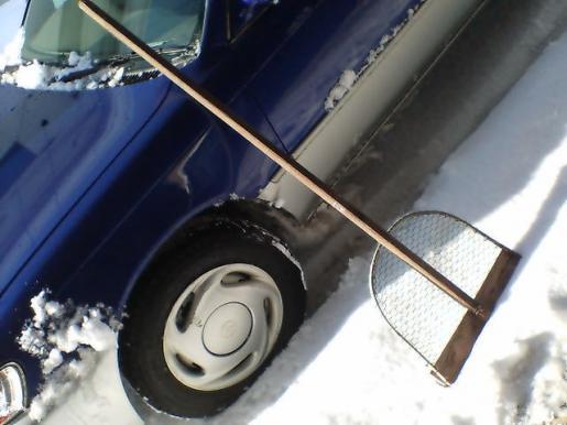 2011/02/10 21:13/除雪の道具と言えば、、、
