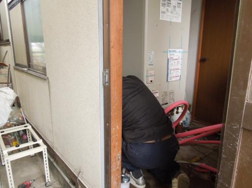 2012/04/14 13:15/エコキュート工事