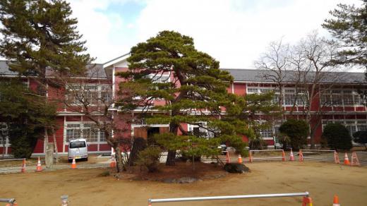 旧長井小学校が変わります/