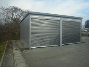 「ガレージの上屋が完成」の画像