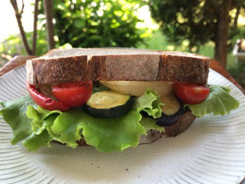 「ロースト野菜サンドイッチ」の画像