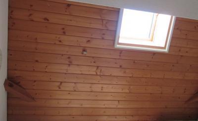 無垢の木材からも揮発するアセトアルデヒド
