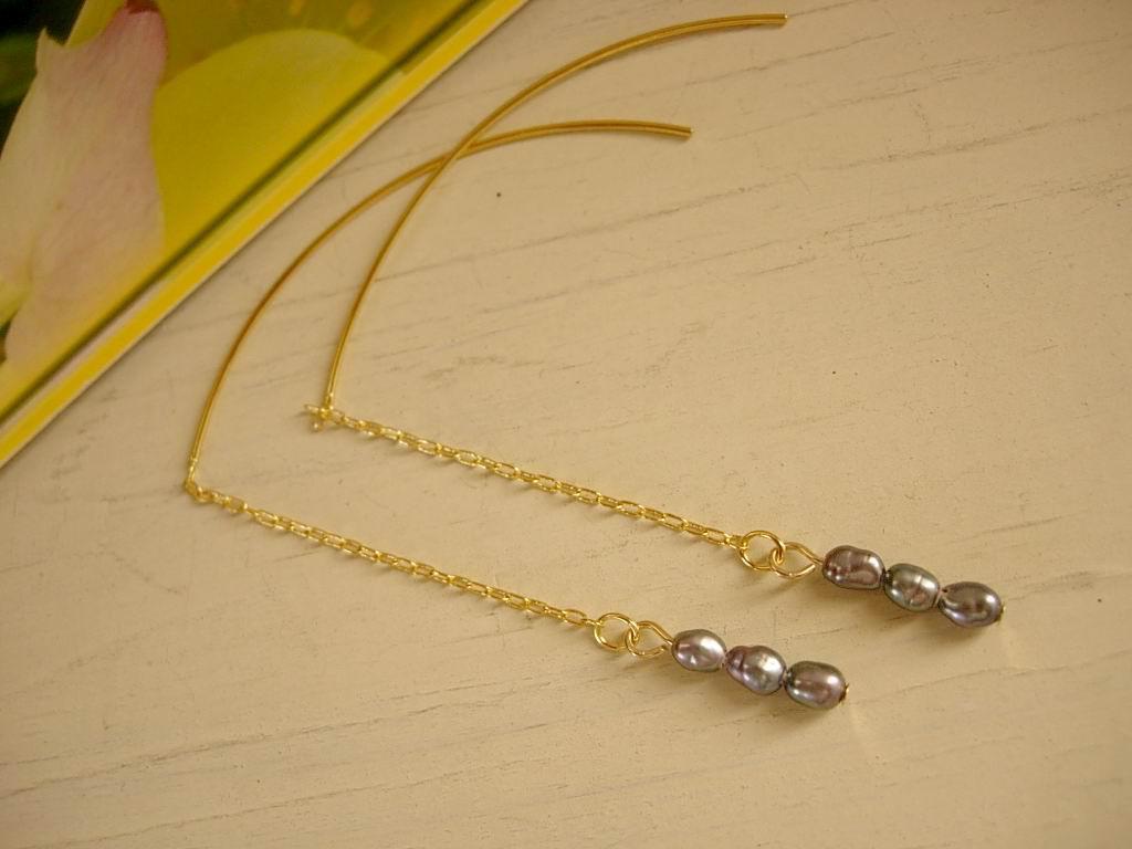 小さな小さな真珠のピアス~サリュー