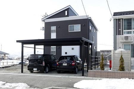 太陽光発電+らせん階段のあるBlack Modern house / 山形市N様邸:画像