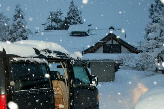 日本海側で記録的大雪