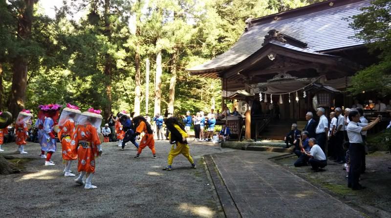 川西町諏訪神社例大祭