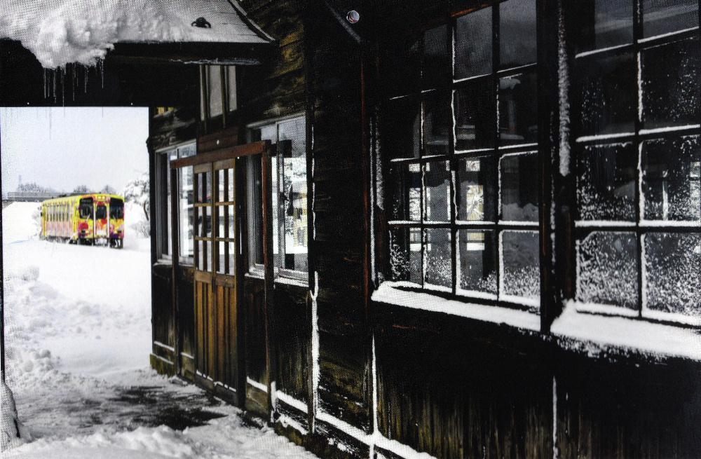 加藤弘一氏写真展 フラワー長井線の列車が素敵に撮られています